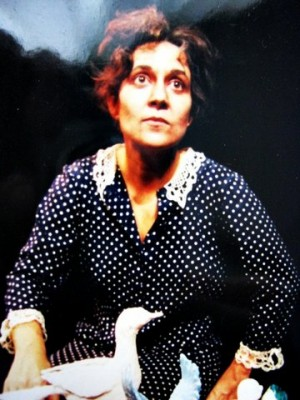 Senhora Coisa Isabel Cavalcanti