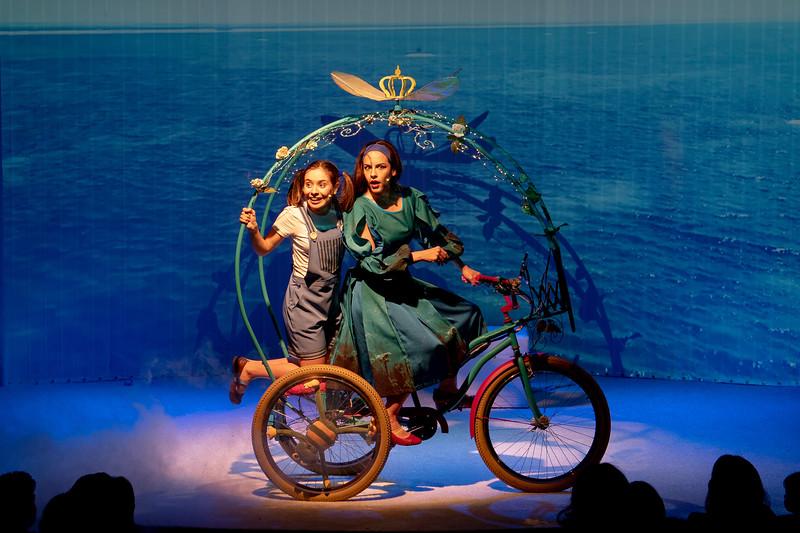 Berenice und die fliegende Kutsche